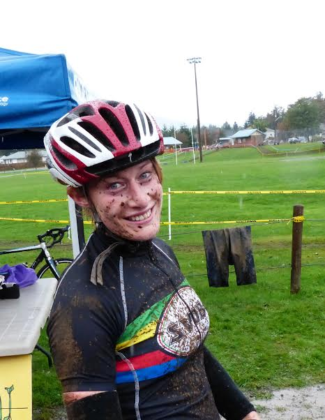 Roanne English gets dirty while cyclocrossing