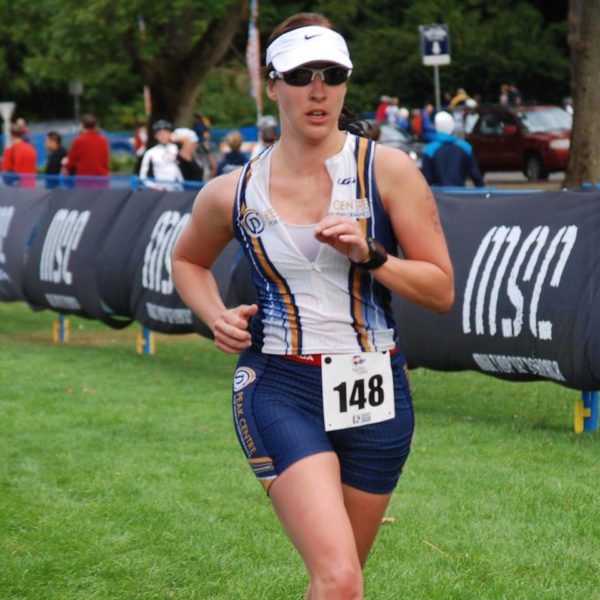 tara gill on the run at vancouver triathlon